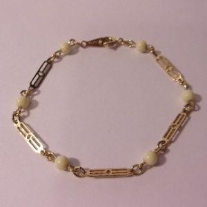 Avon Gold Tone Filigree Chain Bead Bracelet